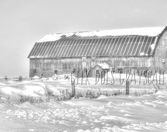 grayscale barn with snow | grayscale coloring page | Adult coloring christmas grayscale | Digital download