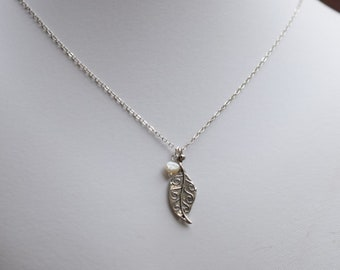 Sterling Silber oxidiert Blatt mit Perlenkette, Sterling Silber Halskette, Blatt Halskette, Halskette, Sterling Silber Halskette, N018