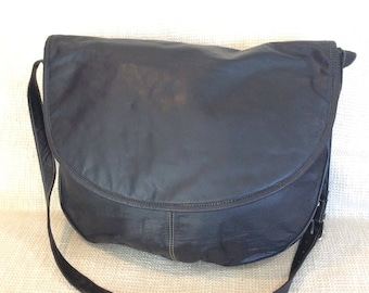 Genuine vintage J Jill black leather messenger travel book bag carry all