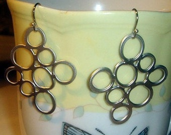 Blase-Kreis-Ohrring-Silber-Platte