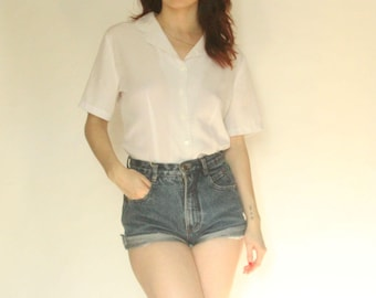 90s White Button Up Blouse S M