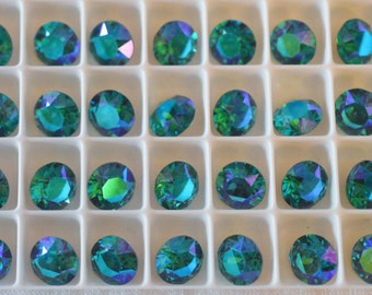 18 pieces 1088 Blue Zircon Glacier Blue 8mm (39ss) Swarovski Crystal Chatons with After Market Custom Coating