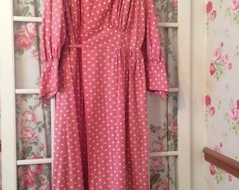 Original 1940s polka dot housecoat