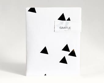 White gift wrap: black and white modern geometric wrapping paper - mountains