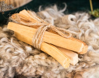 PALO SANTO - Smudge sticks - Sacred wood - Purify Insense Aromatic Resin Meditation Ritual Ceremony Aura Clearing Cleansing - 5 pieces 30g