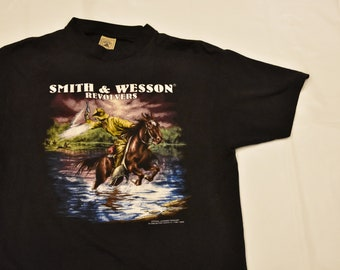 Vintage 3D emblem smith and wesson t shirt size large paper thin rare