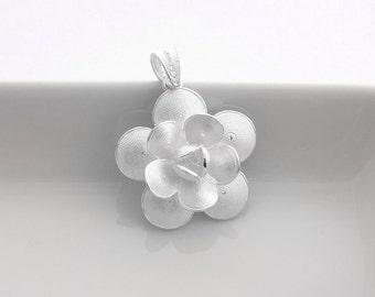 SALE: 1 Sterling Silver Flower Pendant - Filigree Flower Pendant - pfl015