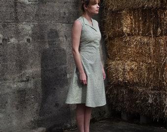 1930's House Dress/ Sleeveless dress / 1930's Dress / Retro Dress / Women's Summer Dresses / Summer Dresses / Floral Dress / Vintage Dress