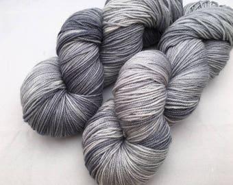 Hand dyed yarn Dandy sock -'Silver'