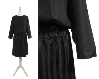 Black Vintage Dress   1980s 90s   Boat Neck   Batwing Sleeves   Medium UK 14 16