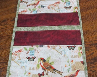 Quilted Table Runner, Bird Table Runner, Nature Table Runner, Home Decor, Table Linens, Maroon Green Runner, Table Quilts