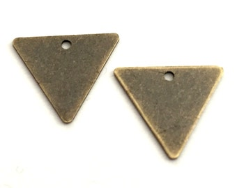 14 mm 50 pcs ANTİQUE Brass Triangle necklace Findings