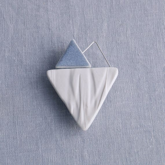 RUCHED No9 geometric heart brooch