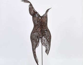 Woman metal torso sculpture, Metal art, living room wall decor, Abstract Sculpture, Free standing