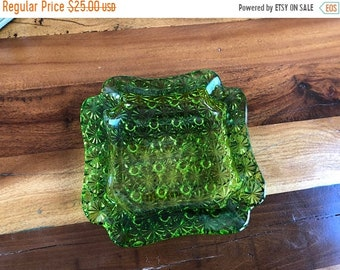 Birthday Sale Green Daisy and Button Ashtray