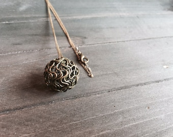 SALE - Bronze Wire Ball Necklace