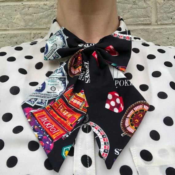 Casino playing cards Betty Bow Tie Pin Rockabilly Rockabella