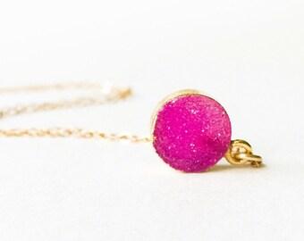 Hot Pink Druzy Necklace Small Round Druzy Necklace Gift For Mom Druzy Coin Necklace Round Druzy Necklace Tiny Druzy Birthday Gift Ideas