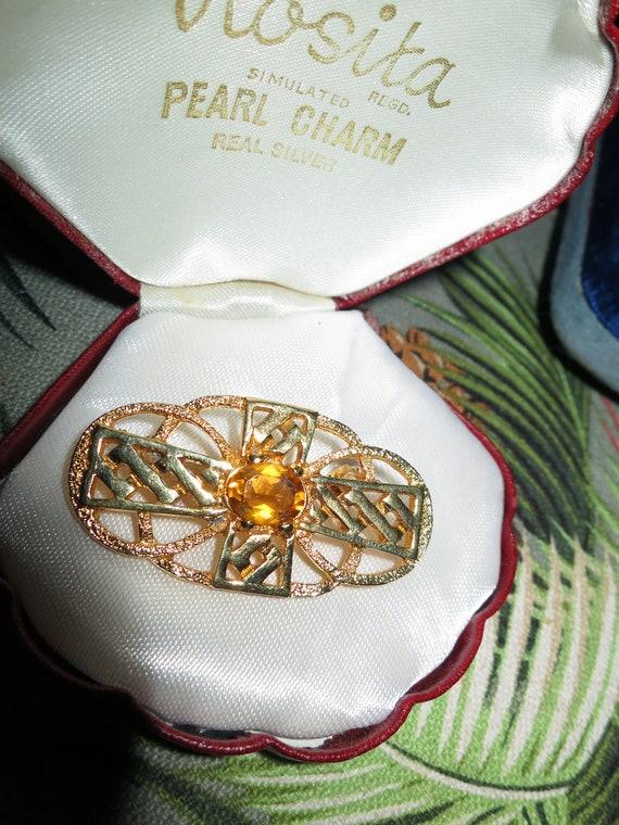 Beautiful vintage amber rhinestone cross gold tone celtic brooch
