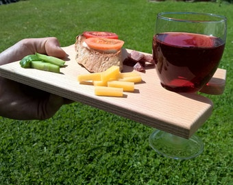 Personalised puzzle serving board with wine holder - Beech wood, easy clean cheese board