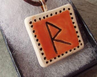 Ceramic Pottery Elder Futhark Rune Pendant, Raidho Rune Necklace, Asatru, Heathen, Viking, Norse, Rune Jewellery, Pagan Pottery, Rune Gift