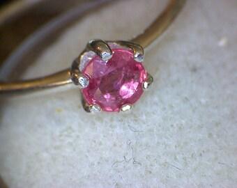 Beautiful Pink Sapphire Ring