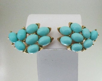 Vintage Crown Trifari Robins Egg Blue Bead Earrings