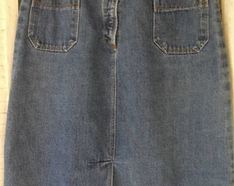 Denim Skirt/ Vintage Skirt/ Knee Length Skirt/ Retro Denim/ Funky Funwear/ Farmhouse Chic/ Shabbyfab Funwear