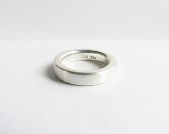 Heavy Sterling Silver Wedding Band Minimalist Band. Custom Wedding Band. Men's or Women's Wedding Ring. Wedding ring.