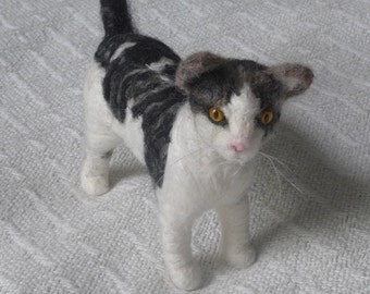 Needle Felted Cat / Custom Pet Portrait gift by Gourmet Felted / Tabby