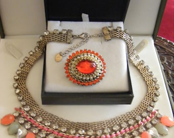 Lovely Vintage Necklace & Stunning Vintage Brooch