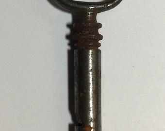 "2"" Antique Key (id 33)"