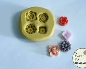 "Tiny flowers mini mold, about 1/4"" wide each. Resin flowers silicone mold. Fondant or gumpaste mold for cakes or cupcake toppers. M044"