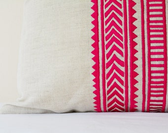Fuchsia Pink Embroidery on Natural Cotton Linen Pillow Cover , Geometric Embroidery in Pink on Ecu Linen Scatter Cushion , Pink Decor Pillow