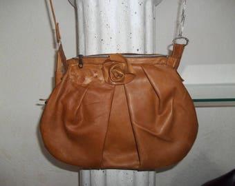 Retro light brown leather bag