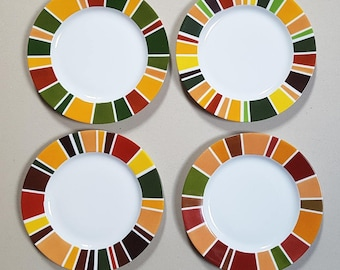 Set of 4 hand-painted porcelain dessert plates, decorated with autumn stripes
