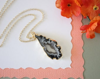 Geode Necklace, Druzy Necklace Gold, BoHo Necklace, Crystal Necklace, Geode Slice, Gold Slice Druzy,GCH45