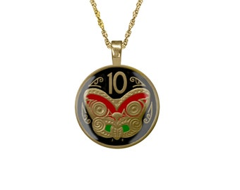 Maori Mask Pendant Enamelled & Gold plated New Zealand Coin
