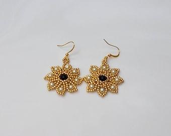 Flower Earrings - Beaded Earrings - Statement Earrings  - Dangle Drop Earrings - Fashion Earrings - Boho Earrings - Glass Pearl Earrings