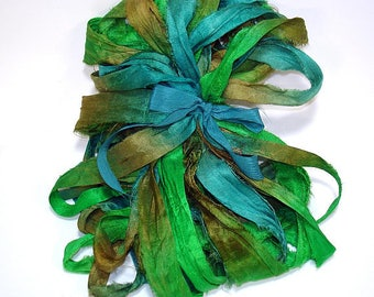 10YD. SEASIDE Sari Silk Bundle//Dyed Silk Sari Ribbon Bundle//Sari Tassels,Sari Wall Decor,Sari Fiber Jewelry,Sari Tapestry