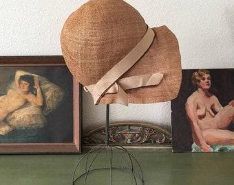 25% OFF SHOP SALE..//.. vintage 1920s cloche. 20s straw cloche hat. rare 1920s antique cloche