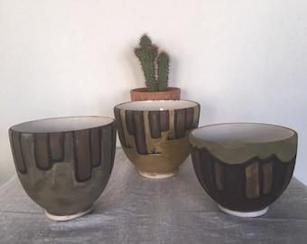 Bols en céramique Vintage, ensemble de 3 Sud-Ouest Style Vintage fait à la main poterie bols, trois variant taille bols, belle idée de cadeau