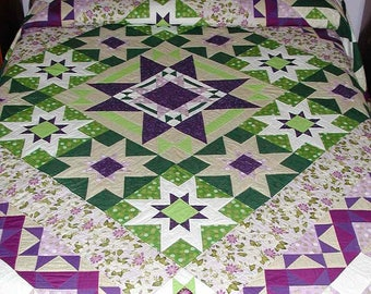Queen size handmade quilt, traditional patchwork, star pattern, Lavender, Purple, Spring green, Beige quality cotton fabrics