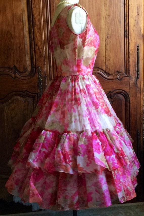 Excelente Vestidos De Fiesta Menores De 20 Años Ornamento - Ideas de ...