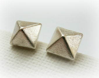 Pyramid Stud Earrings Sterling Silver - Small Silver Stud Earring - Geometric Silver Studs - Pyramid Post Earrings - Silver Spike Studs