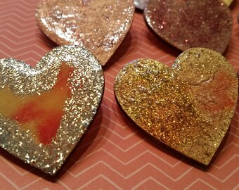 Handmade wooden brooches I heart you
