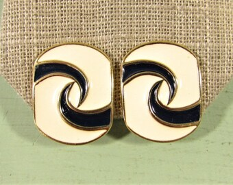 Trifari Enamel Earrings - Vintage Navy Blue White Gold Tone Clip On