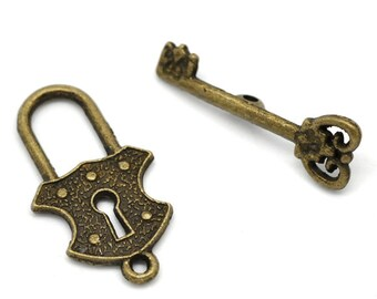 2 Sets Bronze Lock and Key Toggle Clasp Jewelry Toggle Set Key to my Heart 4444