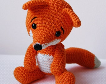 Amigurumi Crochet Fox Pattern - Lisa the Fox - Softie - Plush