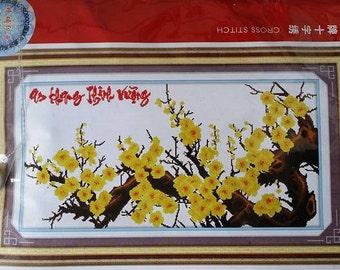Die Lian Hua- Flowers Hoang mai Cross Stitches Kit (222183)